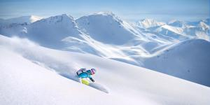 skiing and how to avoid avalanches