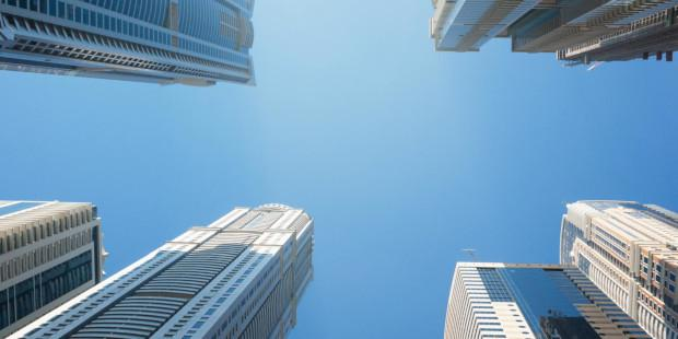 skyscrapers-are-urban-canyons-for-GPS-signals